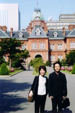 札幌の市内観光。ヴァイオリンの玉井菜採さんと。